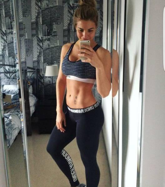 yoga pants 04 - סקסיות במכנסי ספורט (47 התמונות)