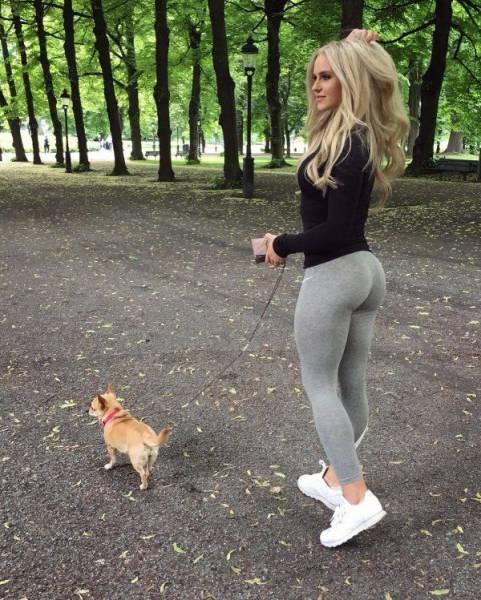 yoga pants 06 - סקסיות במכנסי ספורט (47 התמונות)