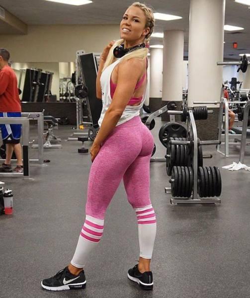 yoga pants 23 - סקסיות במכנסי ספורט (47 התמונות)