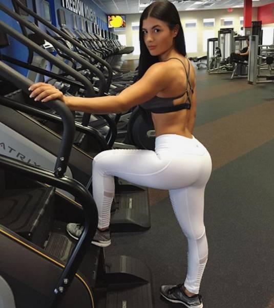 yoga pants 26 - סקסיות במכנסי ספורט (47 התמונות)