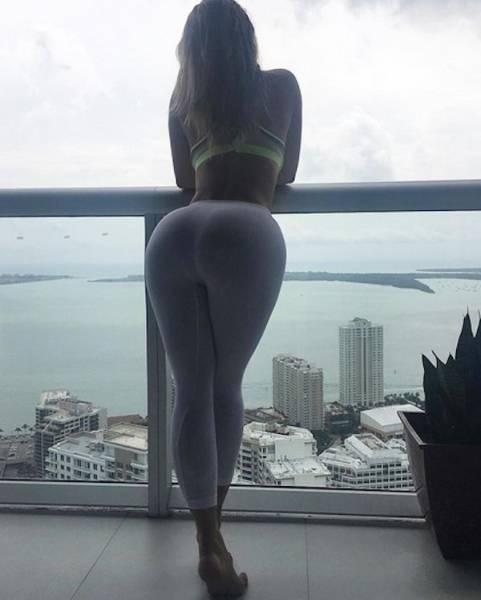 yoga pants 29 - סקסיות במכנסי ספורט (47 התמונות)