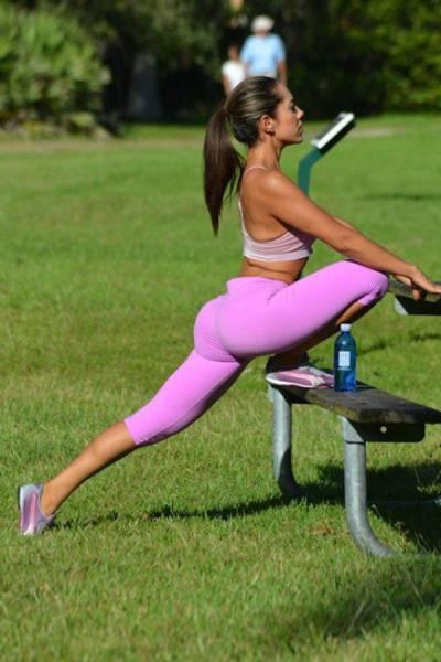 yoga pants 32 - סקסיות במכנסי ספורט (47 התמונות)