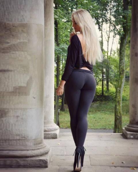 yoga pants 41 - סקסיות במכנסי ספורט (47 התמונות)