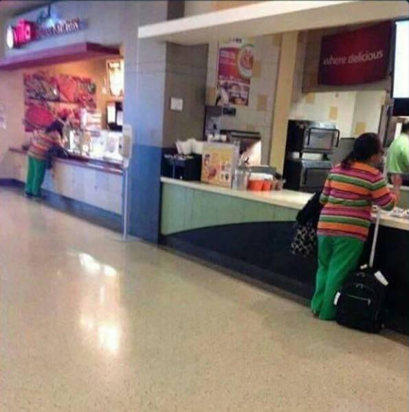 When Glitches In The Matrix Become All Too Real (44 pics)