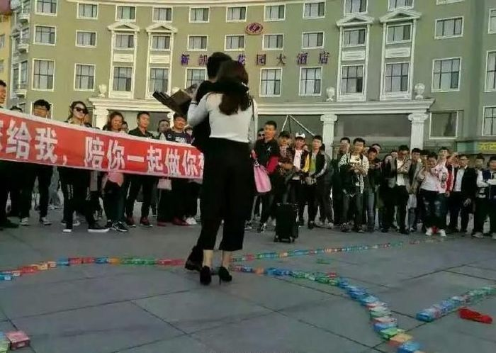 Chinese Man Declares His Love With 999 Boxes Of Condoms (5 pics)