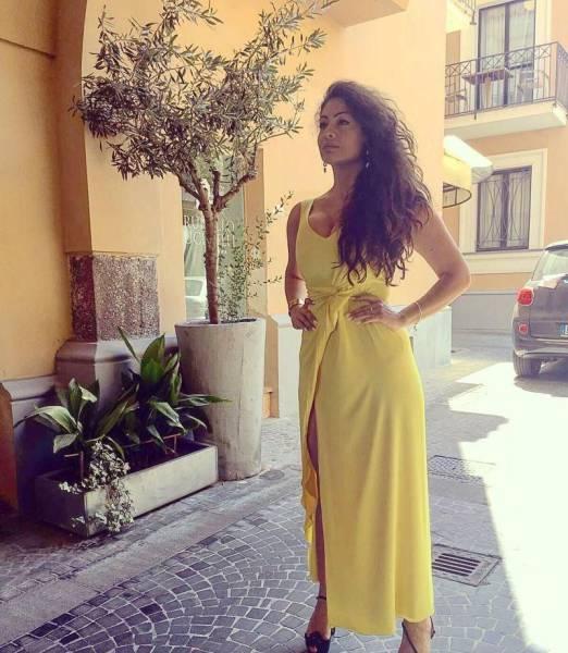 Gorgeous Italian Model Body-Shamed For Having Curves (23 pics)