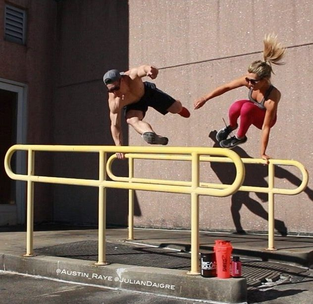 This Ripped Guy And His Acrobatic Girlfriend Are Insanely Athletic (15 pics)