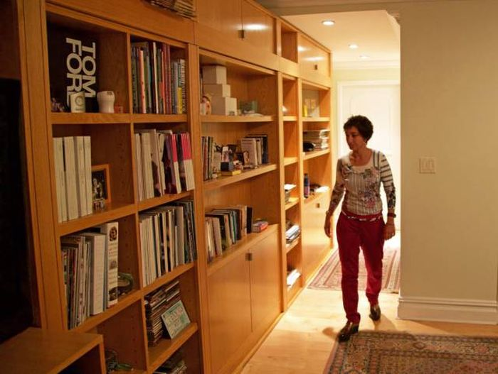 Woman Creates A Secret Room In Her House For $25,000 (24 pics)