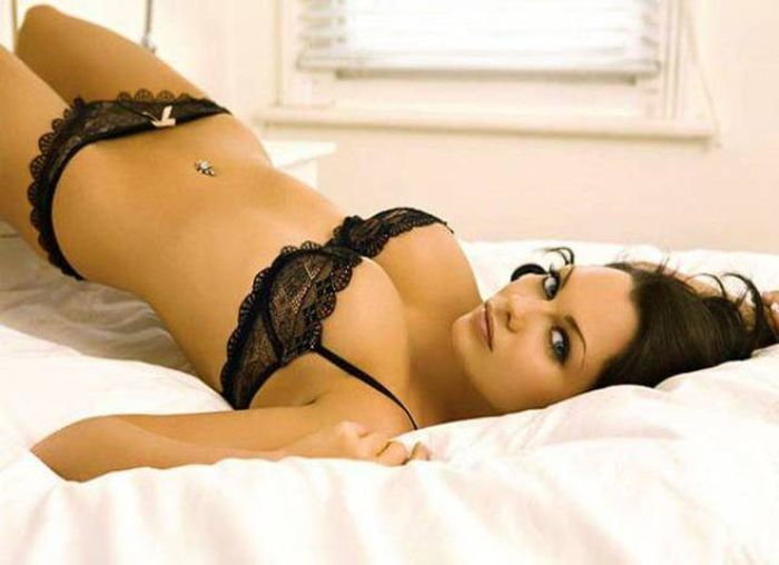 Sexy And Seductive Girls In Lingerie Are A Treat For The Eyes (53 pics)