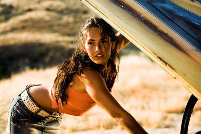 See Who The Sexiest Girl In Hollywood Was The Year You Were Born (67 pics)