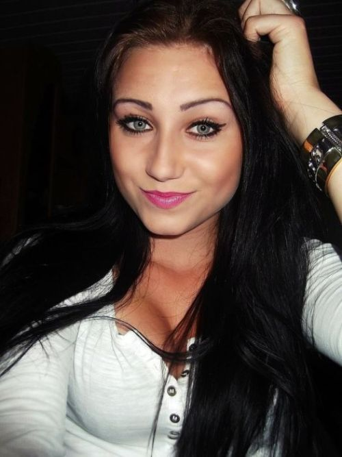 Sexy Girls From Polish Social Networks (40 pics)