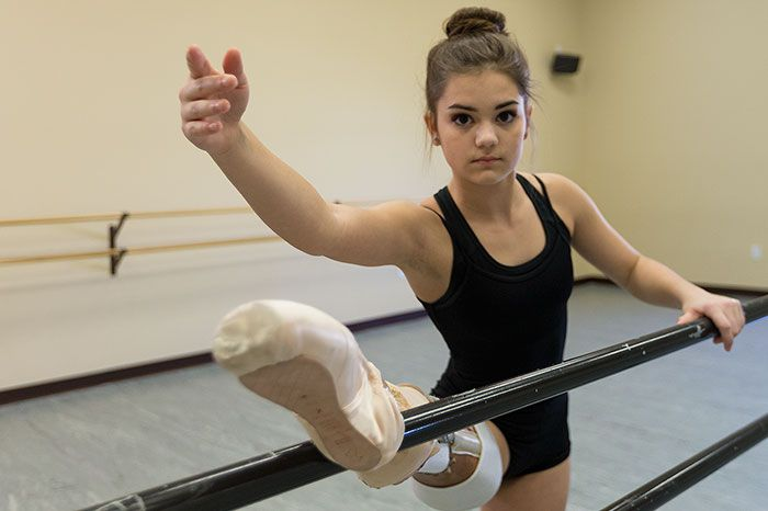 Teenage Amputee Ballerina Makes An Incredible Recovery (5 pics)
