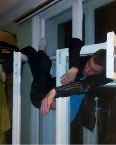 Hammered People Will Never Not Be Hilarious (35 pics)