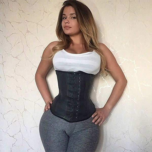 Photos Of Russian Kim Kardashian Before She Became Famous (3 pics)