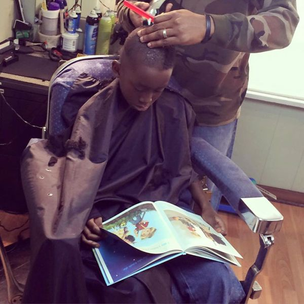 This Barbershop Will Give Kids A Discount If They Read (7 pics)