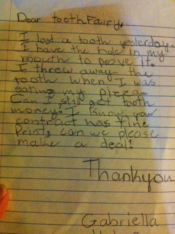 The Tooth Fairy Gets The Funniest Notes From Kids (21 pics)