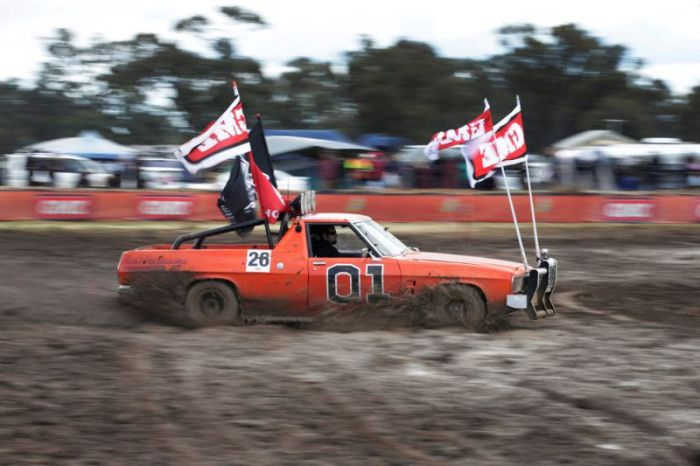 Fun Pictures From Deni Ute Muster (27 pics)
