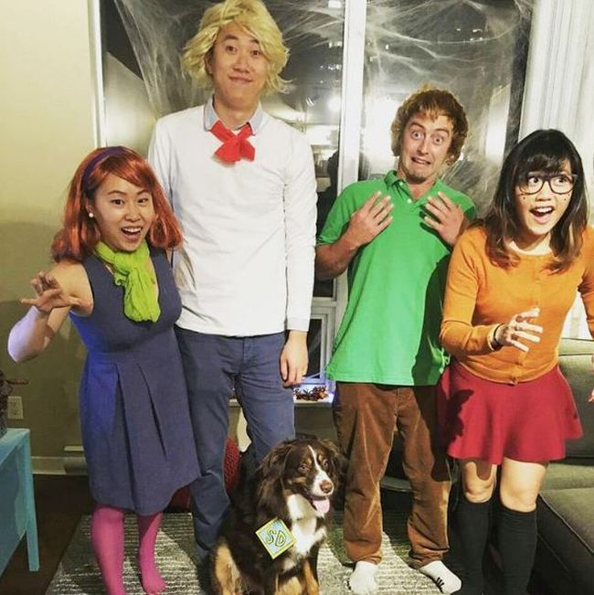 great ideas for amusing group halloween costumes 20 pics - Group Of 4 Halloween Costume
