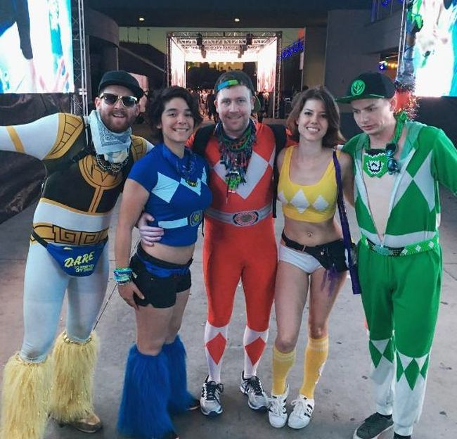 great ideas for amusing group halloween costumes 20 pics - Great Group Halloween Costume Ideas