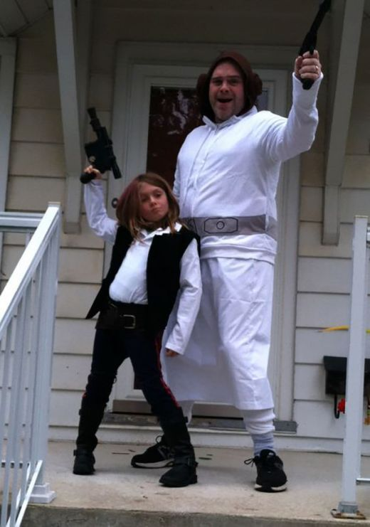 Dads And Daughters Who Conquered Halloween Together (37 pics)