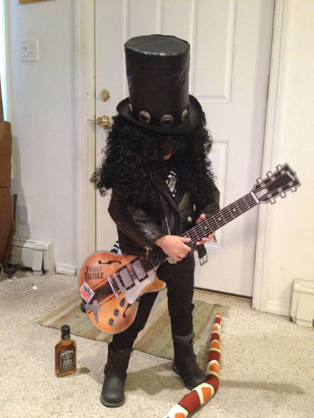 Awesome Halloween Costumes That Will Amuse You (45 pics)