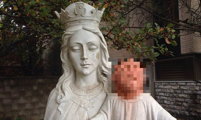 Baby Jesus Statue Gets Shocking Restoration In Canada (2 pics)