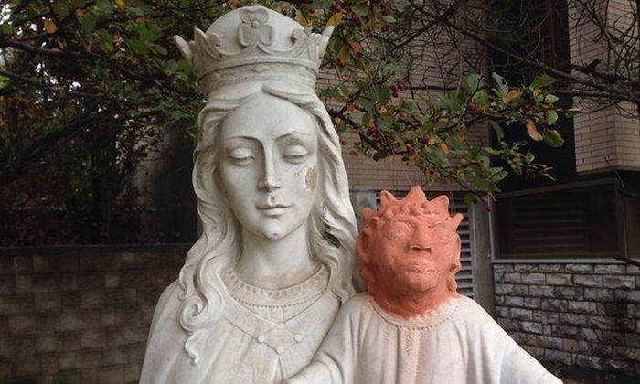Baby Jesus Statue Gets Shocking Restoration In Canada (2 pics)