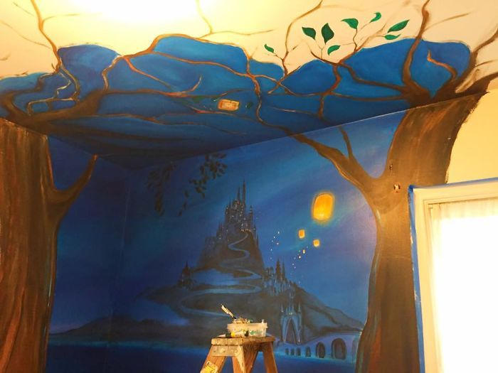 Dad Paints Disney Tangled Mural For His Daughter (10 pics)