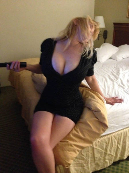 A Tight Dress Can Turn A Sexy Girl Into A Smoke Show 47 Pics-1414
