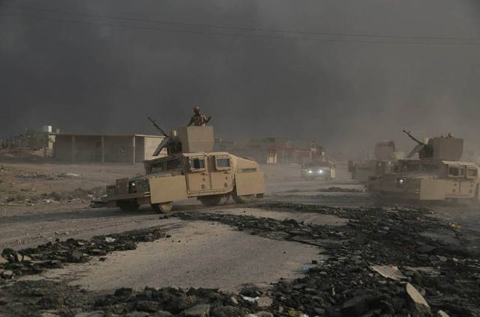 Shocking Photos Show The War Against ISIS On The Mosul's Frontline (40 pics)