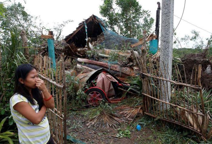Supertyphoon Hits The Philippines (29 pics)