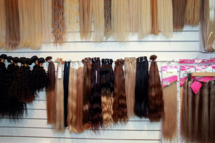 The Truth About Hair Extensions (7 pics)