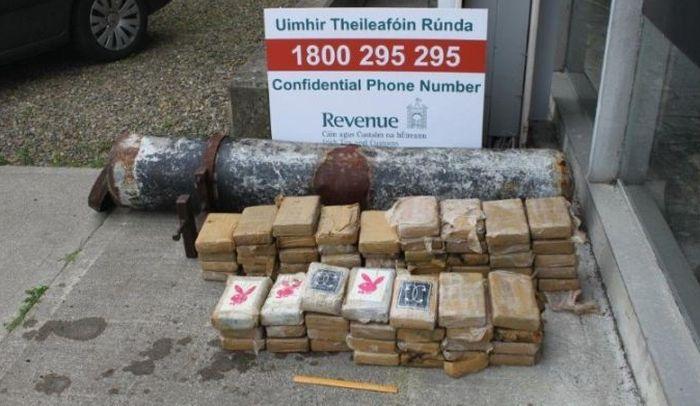 Huge Cocaine Stash Found In Torpedo Like Tube In Ireland (4 pics)