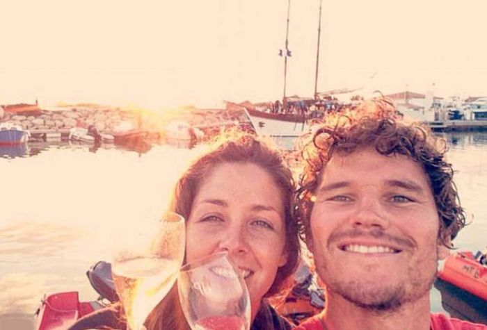 Couple Travels From England To France In A Homemade Boat (14 pics)