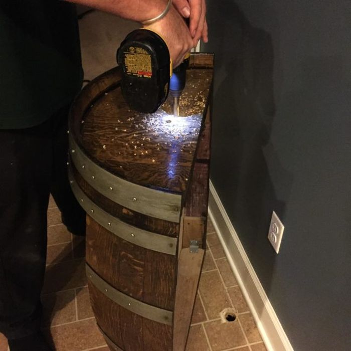 This Guy Put An Awesome Looking Beer Tap In His Own Kitchen (12 pics)