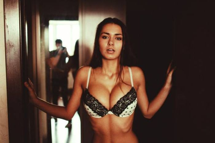 Hot And Beautiful Babes That Will Keep You Up All Night Long (47 pics)