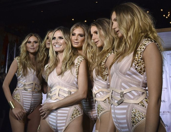 Heidi Klum Cloned Herself For Halloween (7 pics)