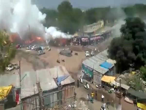 An Entire Street Selling Fireworks In India Catch On Fire