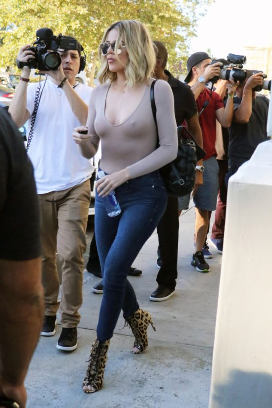 Khloe Kardashian Goes Braless For Kris Jenner's Birthday (4 pics)