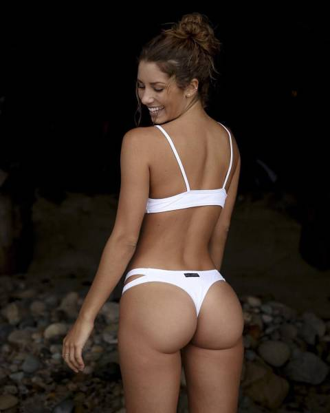Girls With Great Butts Are Easy To Appreciate (59 pics)