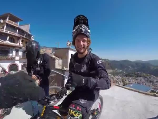 Downhill Taxco 2016 Course Preview With Chris Van Dine Antoine Bizet