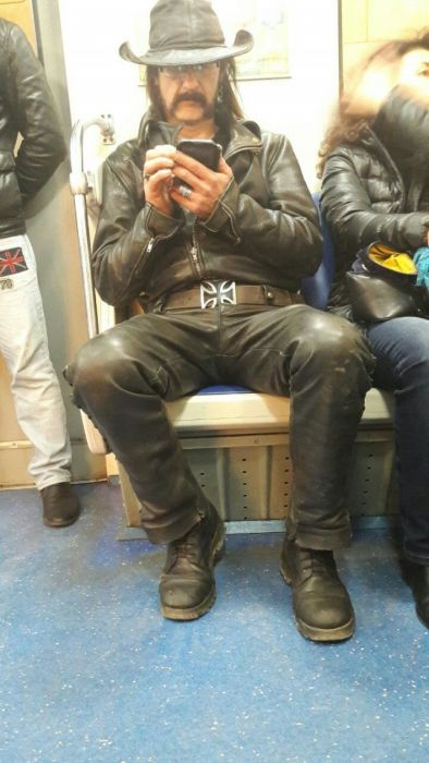Fashion Choices That Prove The Subway Is A Strange Place (30 pics)