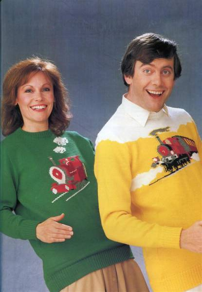 Horrible 80s Sweaters That Will Make Your Eyes Hurt (43 pics)