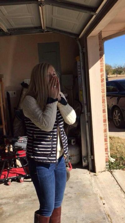 Woman Gets A Surprise She'll Never Forget From Her Fiancé (3 pics)