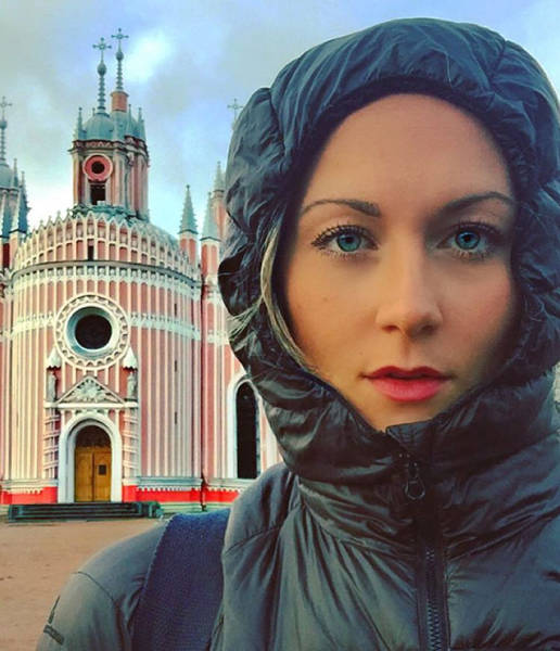 Meet The First Woman To Visit Every Country On Earth (18 pics)