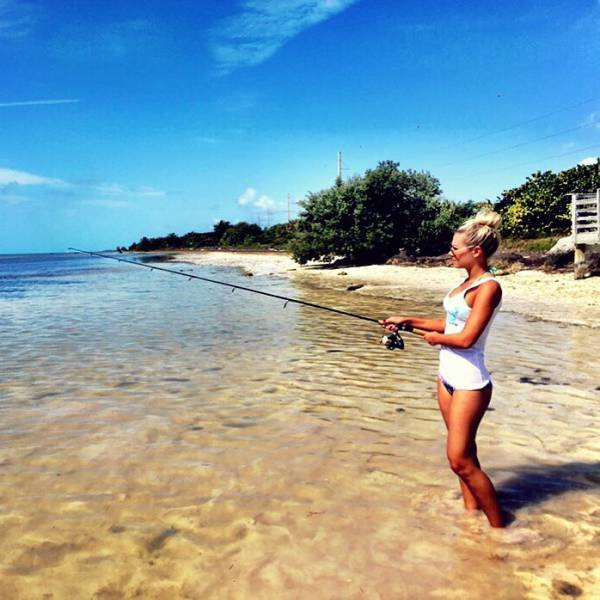 Meet The Gorgeous Blonde Who Loves To Fish In A Bikini (25 pics)