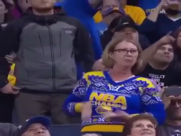 Mom Shows Some Serious Moves At The Golden State Warriors Game