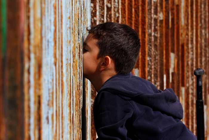 What The Border Between The US And Mexico Actually Looks Like (14 pics)