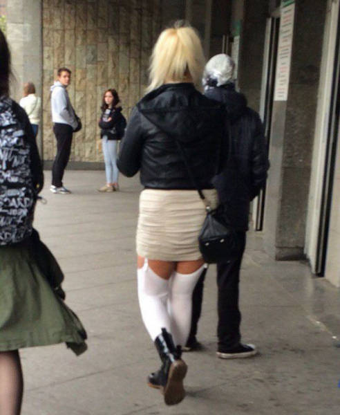 People Who Don't Seem To Understand How Clothes Work (40 pics)