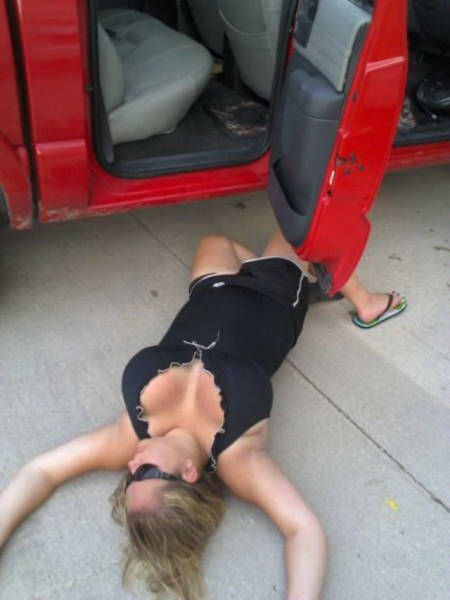 Drunk People Are Really Good At Doing Stupid Things (38 pics)